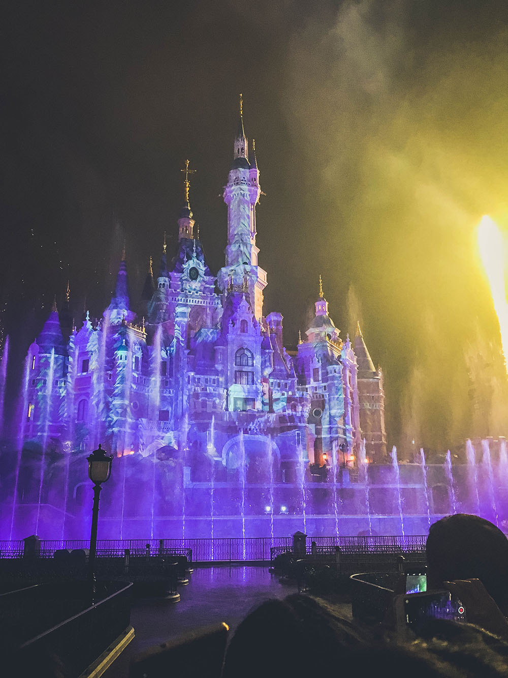 shanghaidisney_castlefireworks6