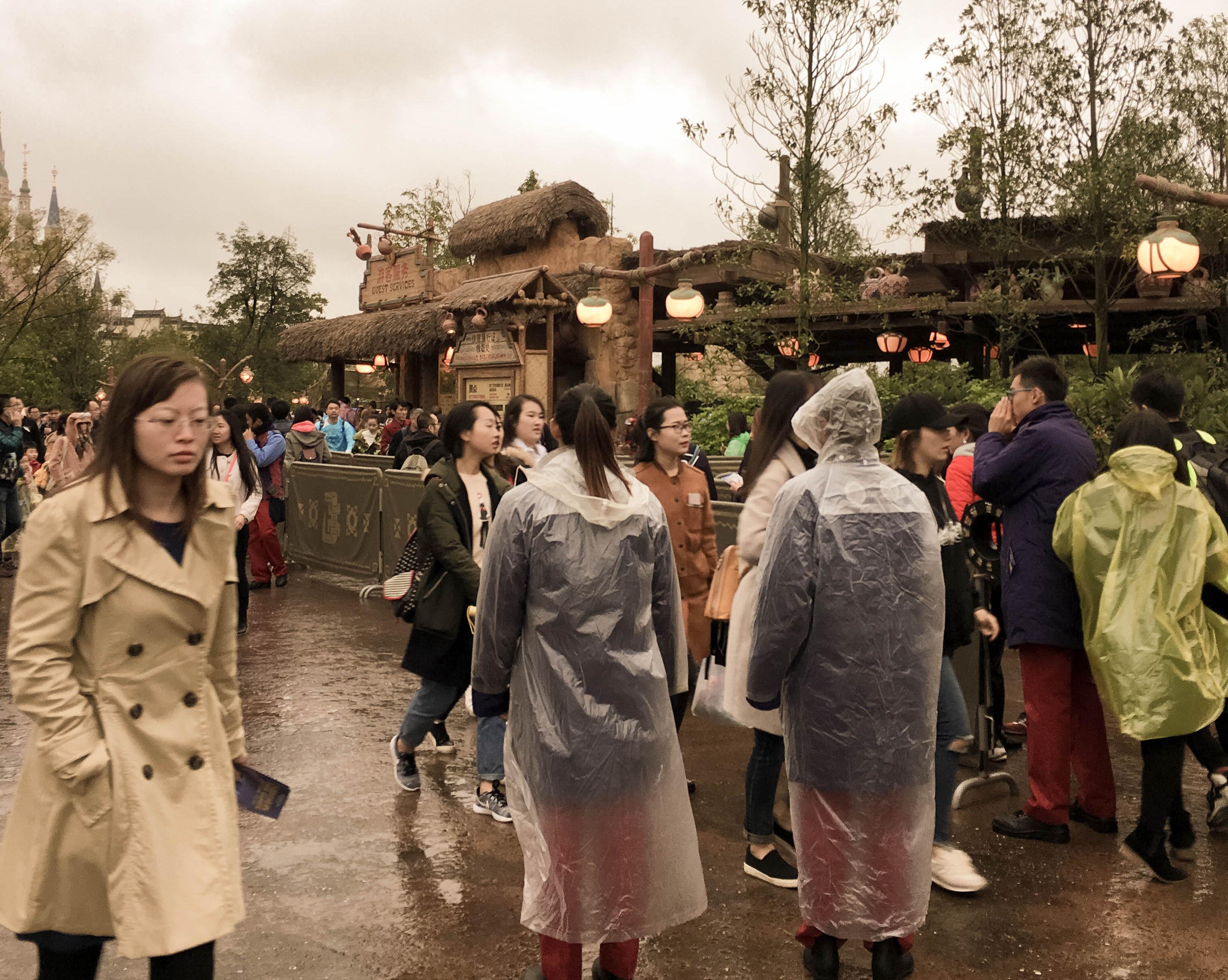Shanghai Disneyland Soarin Fastpass Queue