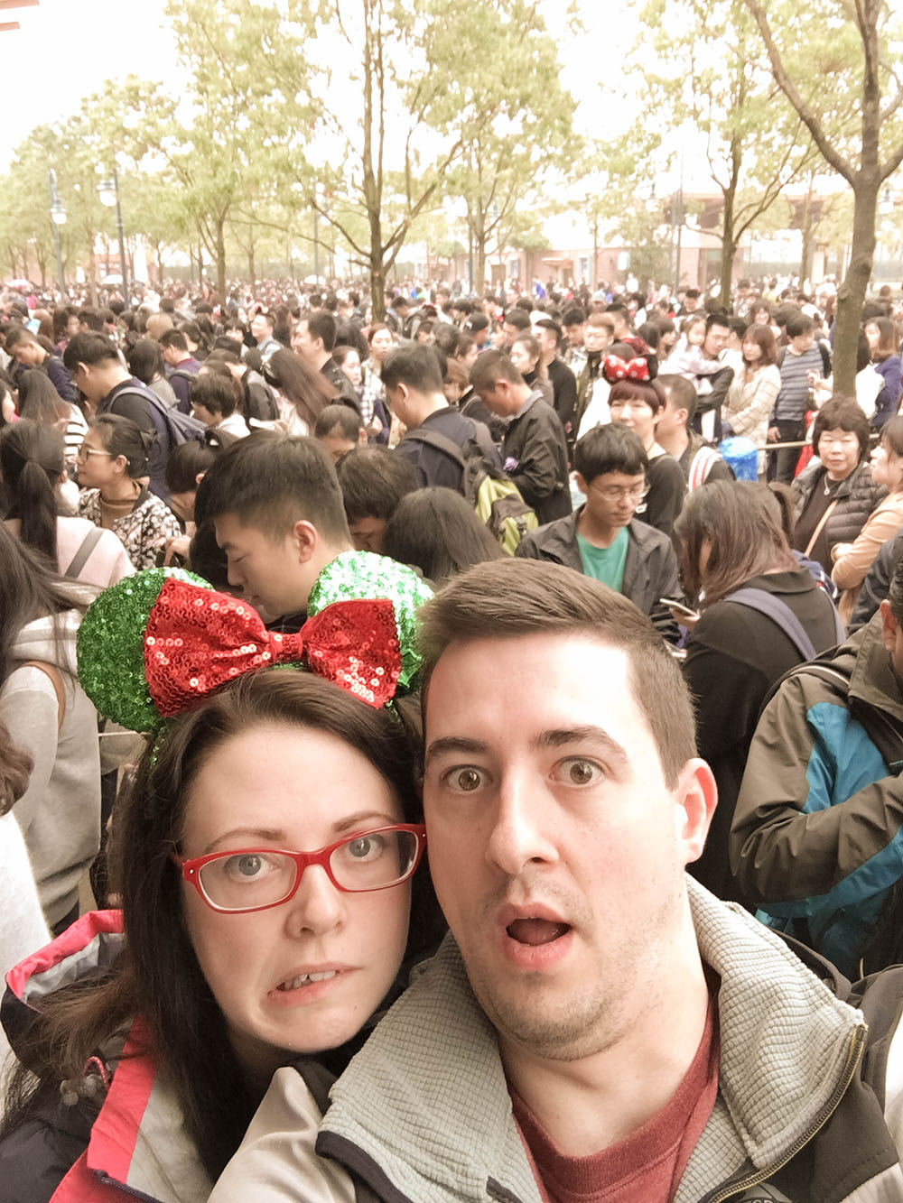 Shanghai Disneyland Queue