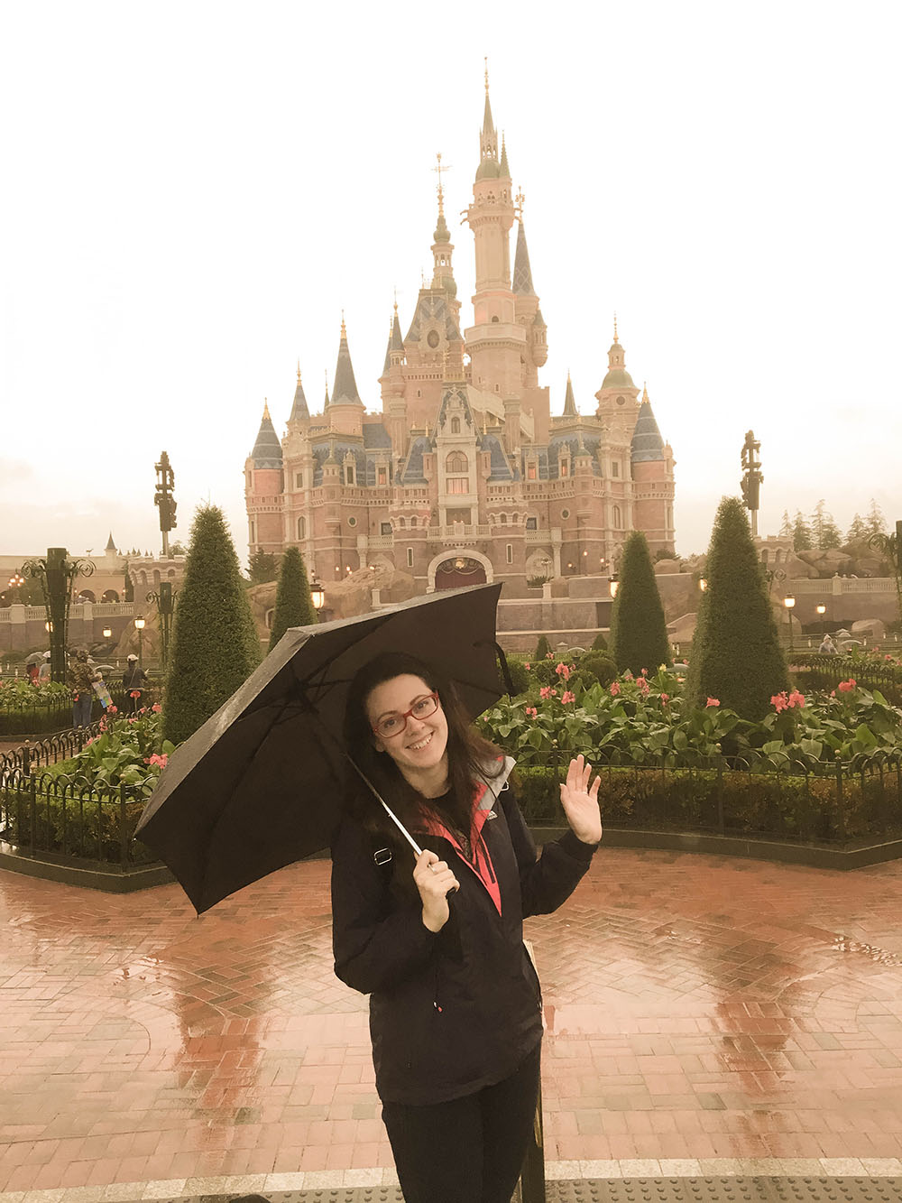 shanghai disneyland in the rain