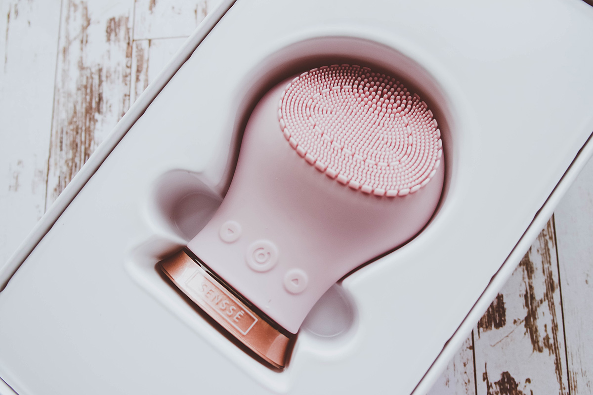 SENSSE Silicone Facial Cleansing Brush Unboxing